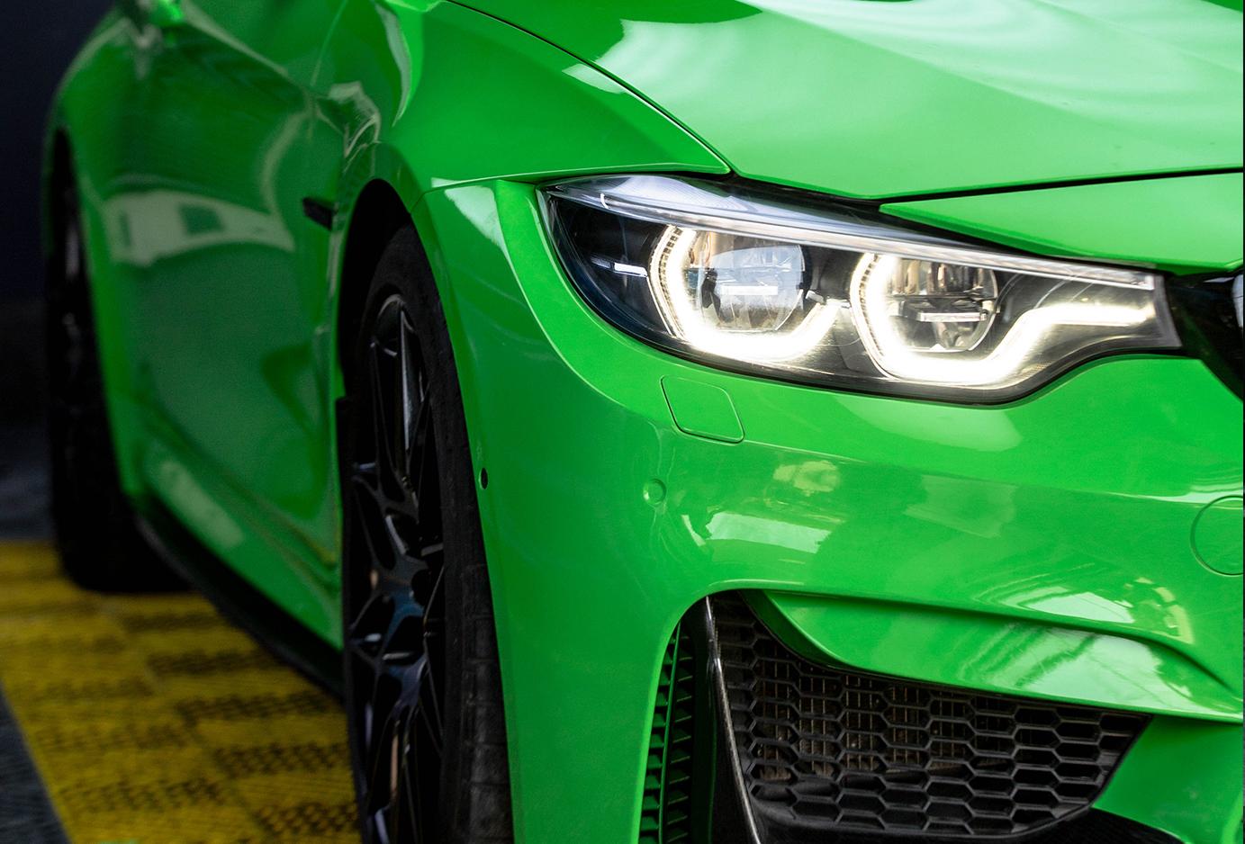 宝马M4晰蜴绿